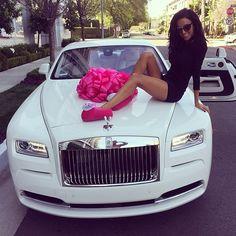 Rolls Royce, Prezenty i Samochody