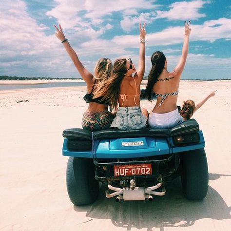 Przyjaciele, Summer Vibes i Plaże