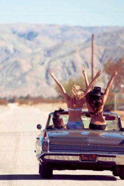 Wycieczki Samochodem i Przyjaciele