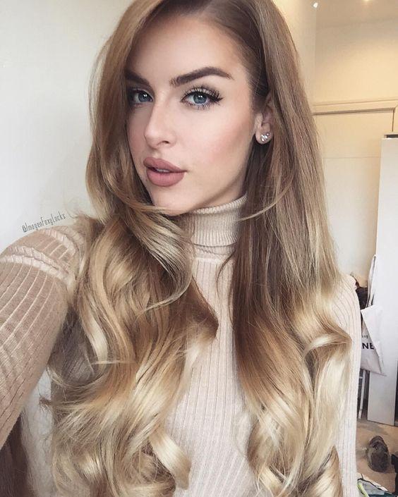 Długie włosy, blond