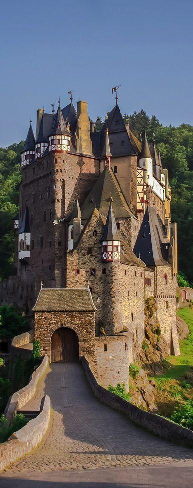Niemcy, Zamek Średniowieczny