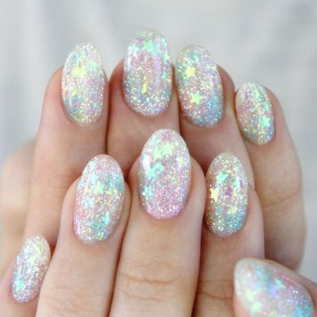 Błyszczące paznokcie